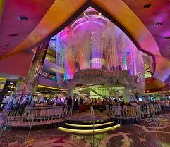 Chandelier Las Vegas Cosmopolitan Thechandelier Rainbow Thecosmopolitanoflasvegas Jpg