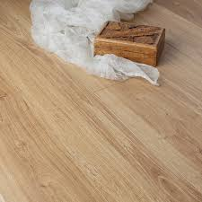 Elka Laminate Flooring What Do You Get While Buying The Rustic Laminate Flooring Best