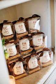 creative wedding favors 100 unique wedding favor ideas shutterfly