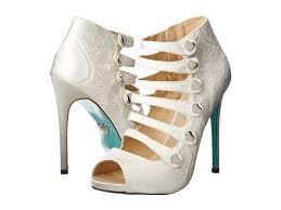 betsey johnson blue wedding shoes betsey johnson s wedding shoes just something blue me away har