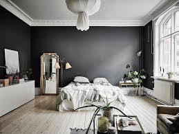 Schlafzimmer Skandinavisch Stilvolle Schlafzimmer Mit Schwarzer Wand Dekorieren Mit Dunklen