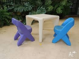 Step 2 Traditions Table Chair Set Step2 Table And Chairs Creative Projects Table Art Desks By Step2