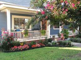 Garden Ideas For Front Of House Landscaping Front Of House Torneififa