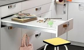 table de cuisine modulable table cuisine modulable tiroir escamotable qui se transforme en