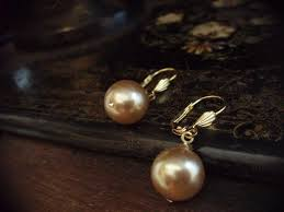 drop pearl earrings oyster gold pearl drop earrings 26 now 13