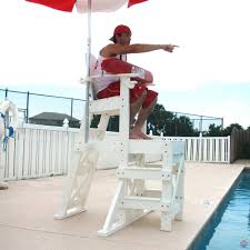 everondack medium lifeguard chair side step mlg 520