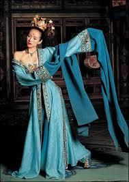 robe de mariã e bleu turquoise chroma 14 des plus beaux costumes bleus et verts du cinéma et de