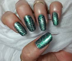 apipila delicate gold design nail art stamping on green youtube