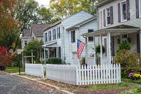 clinton house nj clinton new jersey october 23 a quaint white picket fence in