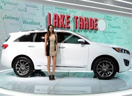 cars kia 2014 los angeles auto show auto show girls u0027 sexiest wackiest