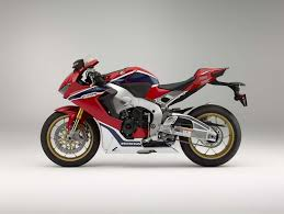 honda cbr sports bike leaked 2017 honda cbr sport bike pictures test track 2017 honda