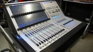 Mixing Table Soundcraft Digital Mixing Desk Vi1 With Flight Case Included