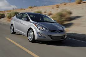 reviews on hyundai elantra 2014 2015 hyundai elantra reviews and rating motor trend