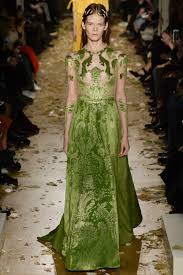 valentino spring 2017 ready to wear collection vogue