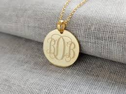 monogram disc necklace personalize gold monogram disk necklace with any initials nanvo