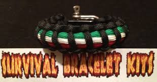 make paracord bracelet knot images How to make a three color paracord bracelet x cords jpg