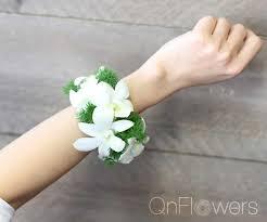 Wrist Corsages Wrist Corsage 04 U2022 Melbourne Cbd Florist Qnflowers