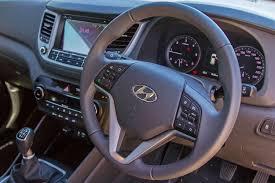 hyundai tucson 1 7 crdi executive 2017 review cars co za