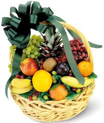 fresh fruit basket delivery www floristeriapetalos cestas de frutas fruit