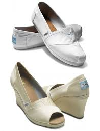 wedding shoes toms wedding wednesday toms shoes bridal wear line blush and jelly