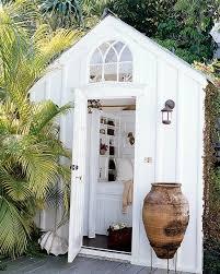 Back Yard House Best 25 Backyard Cottage Ideas On Pinterest Backyard Cabana