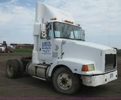 volvo 800 truck for sale 1991 volvo wca semi truck item h6469 sold october 31 co