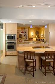Kitchens With Light Cabinets 80 Best Light Wood Kitchens Images On Pinterest Kitchen Ideas