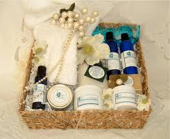 wedding gifts for couples spa for two gift basket blissfulbalance great idea for