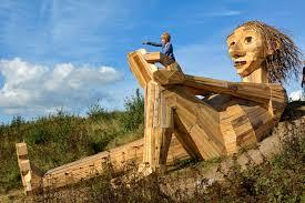wood sculptures recycle wood sculptures dambo book a artist