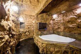 eureka springs hobbit caves