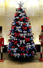 Commercial Christmas Decorations Sydney by Traditional Christmas Trees Commercial Christmas Services