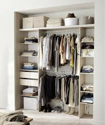 dressing chambre pas cher dressing pas cher pour un rangement déco de la chambre rangement