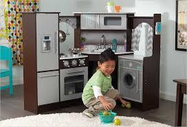 jeux de cuisine d cuisine d angle en bois pour enfant kidkraft 53365 avec et lumières