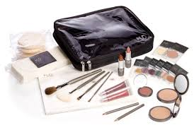 what u0027s in the master makeup kit bellus academy