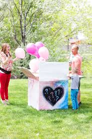 gender reveal balloons how to gender reveal balloon shoot christiansen photography