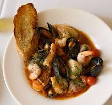 la vraie cuisine italienne cacciucco soupe de poisson et coquillage italienne cuisine