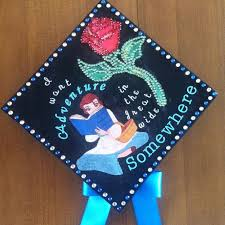 College Graduation Cap Decoration Ideas Best 25 Decorated Graduation Caps Ideas On Pinterest Graduation