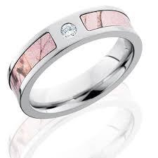 camouflage wedding bands titanium wedding ring wedding idea womantowomangyn