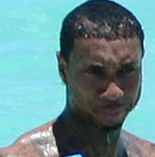 tyga hair transplant what on earth is going on with this rappers hair hairlosstalk forums