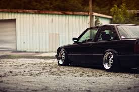 bmw e30 slammed level thinking rion morse u0027s bagged e30 stanceworks
