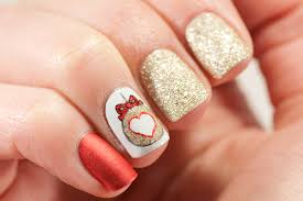 ornament nails may contain traces of