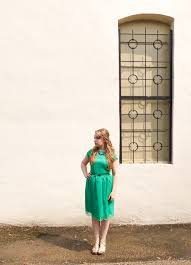 what this mama wore green lace dress by shabby apple u0026 a giveaway