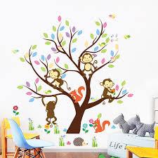 stickers arbre pour chambre bebe sticker arbre géant avec singes et écureuils stickers nature