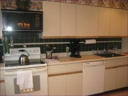 what type paint to use on kitchen cabinets what type paint to use on kitchen cabinets painting kitchen