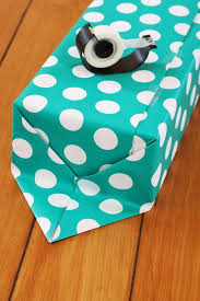 How To Gift Wrap A Present - 266 best gift wrapping ideas images on pinterest wrapping ideas