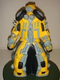 transformers cakes bumblebee transformers cake geeky cake