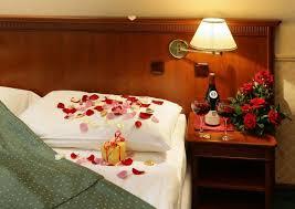 chambre a coucher romantique déco romantique dans la chambre à coucher pour st valentin