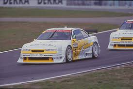 opel calibra race car žaibo rato
