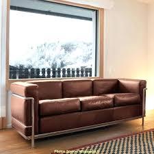 comment entretenir le cuir d un canapé comment nettoyer un canape en cuir noir comment nettoyer un canape