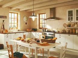 deco cuisine maison de cagne decoration maison de cagne 14 terrasse en bois exotique ip233